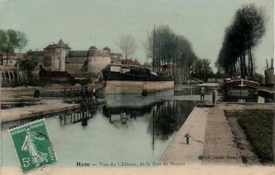 vue du château et du canal