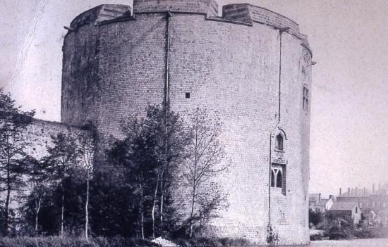 La tour du Connétable
